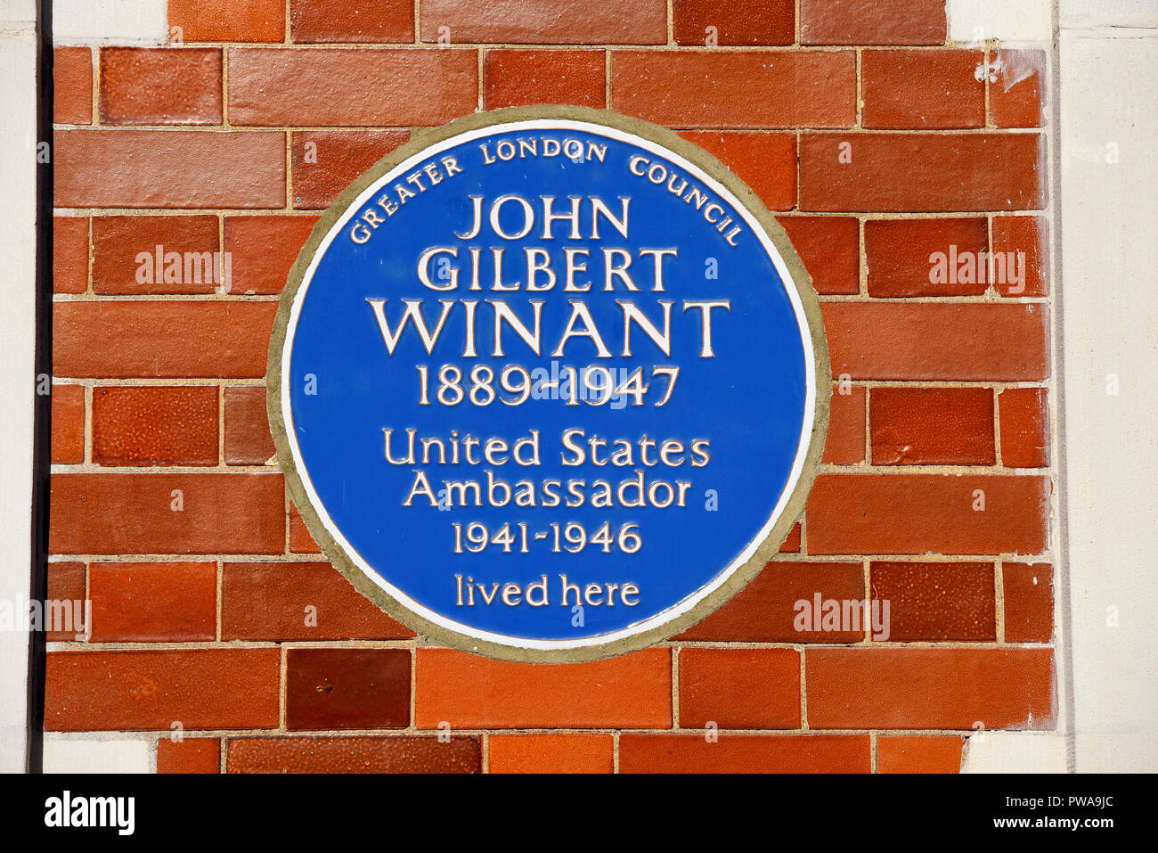 John Gilbert Winant blue plaque. US Ambassador to the UK, Aldford St, Mayfair, City of Westminster, London, England, UK. Wall. Greater London Council - Stock Image