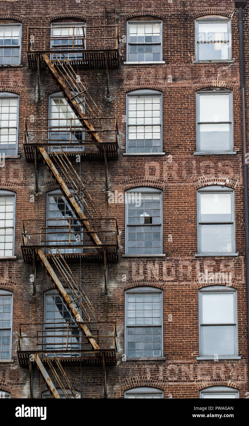 Vintage architecture in southern appalachia among rural city - Stock Image