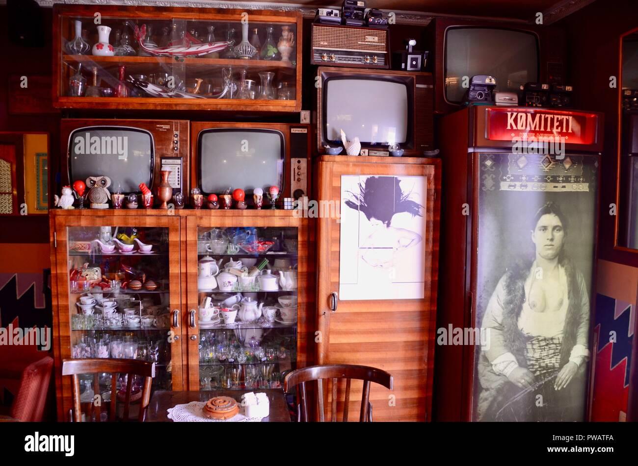 komiteti cafe tirana albania - Stock Image