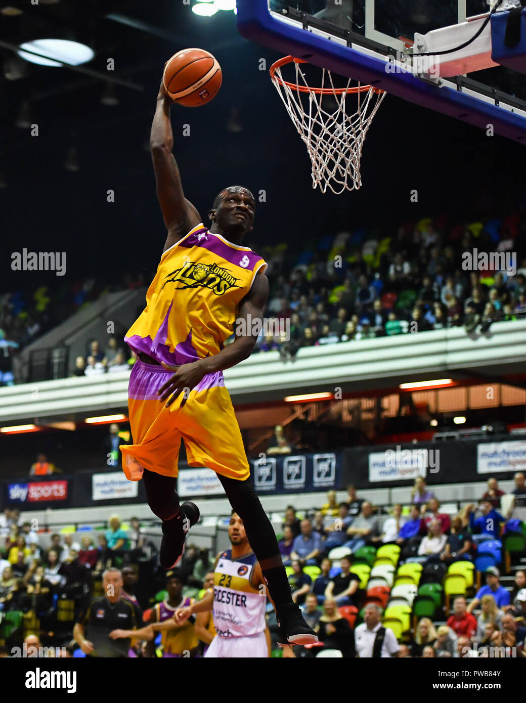 London, UK. 14th Oct, 2018. Ladarius Tabb of London Lions in action during British Basketball - ALL STARS BASKETBALL 2018 at Copper Box Arena on Sunday, 14 October 2018. LONDON ENGLAND.  (Editorial use only, license required for commercial use. No use in betting, games or a single club/league/player publications.) Credit: Taka Wu/Alamy Live News - Stock Image