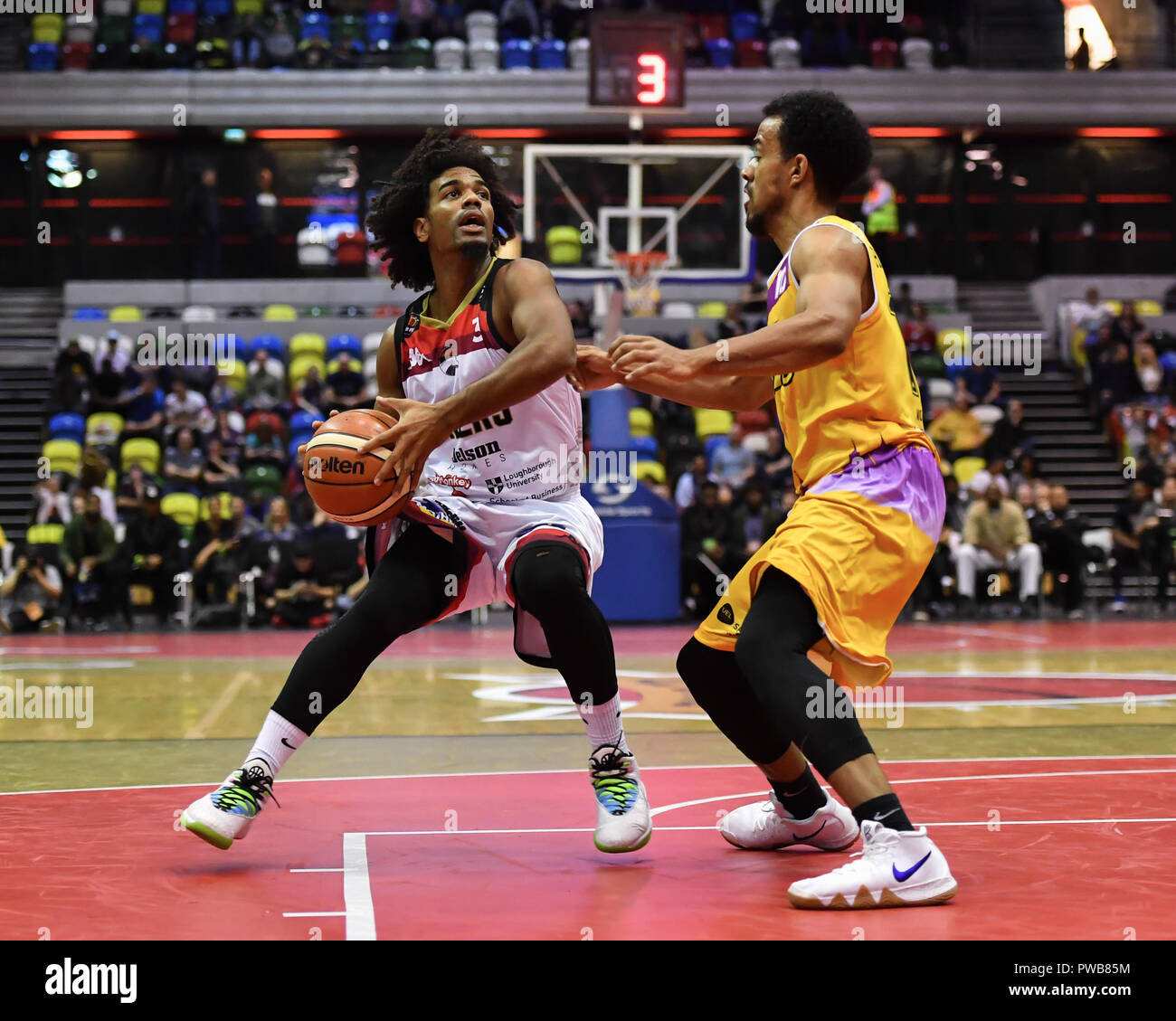 London, UK. 14th Oct, 2018. Leicester Riders' Conner Washington (left) in action during British Basketball - ALL STARS BASKETBALL 2018 at Copper Box Arena on Sunday, 14 October 2018. LONDON ENGLAND.  (Editorial use only, license required for commercial use. No use in betting, games or a single club/league/player publications.) Credit: Taka Wu/Alamy Live News - Stock Image