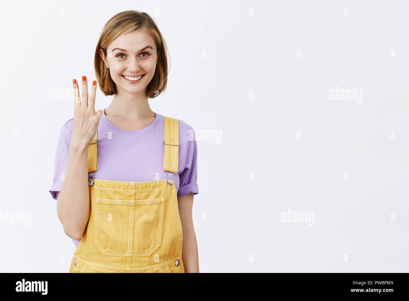 Cute girl fingering on cam