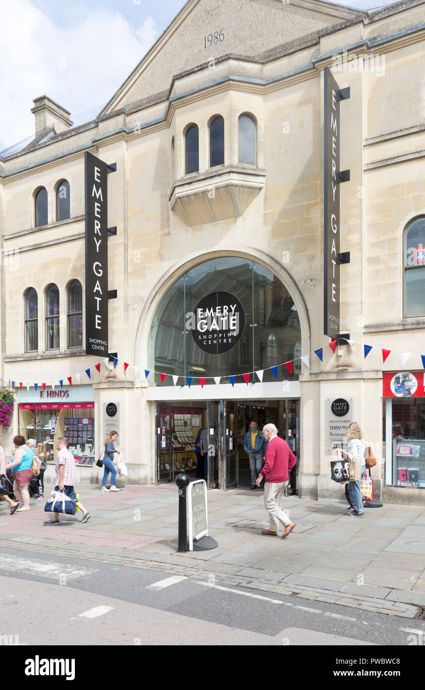 Emery Gate shopping centre, Chippenham, Wiltshire, England, UK - Stock Image