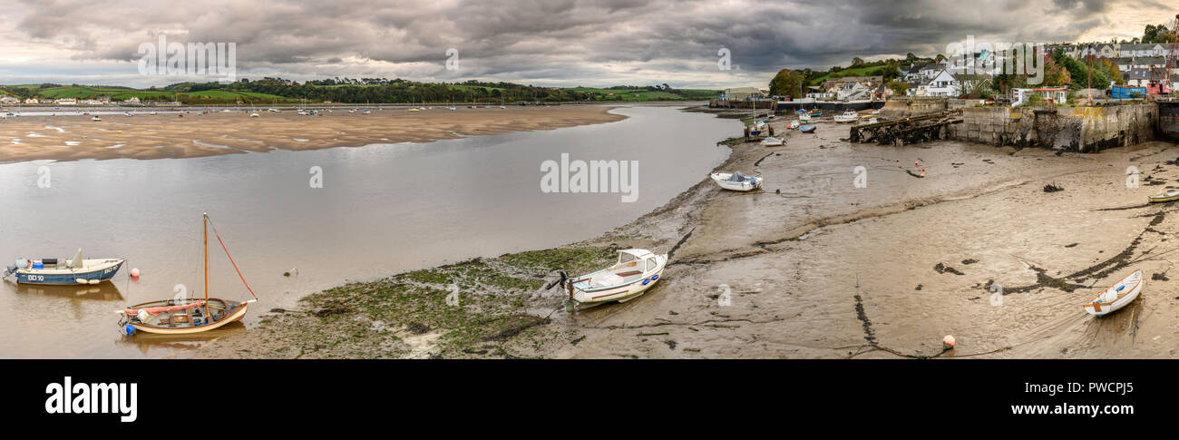 Storm clouds gather over Instow and Appledore which sit either side of the River Torridge in North Devon, England. Stock Photo