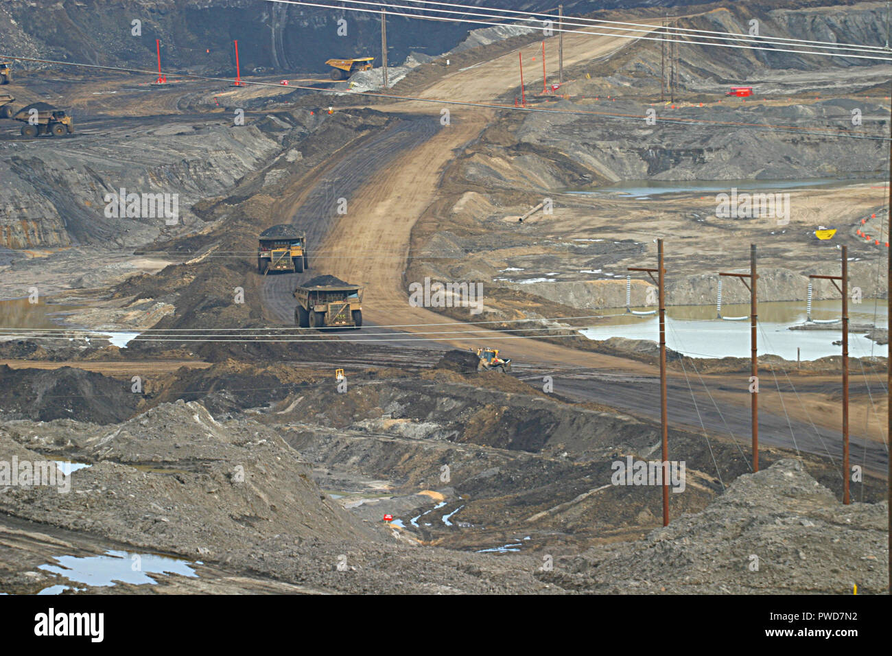 OIL SANDS, Tar Sands, Fort McMurray Alberta, Canada. The world's largest petroleum resource basin. Stock Photo