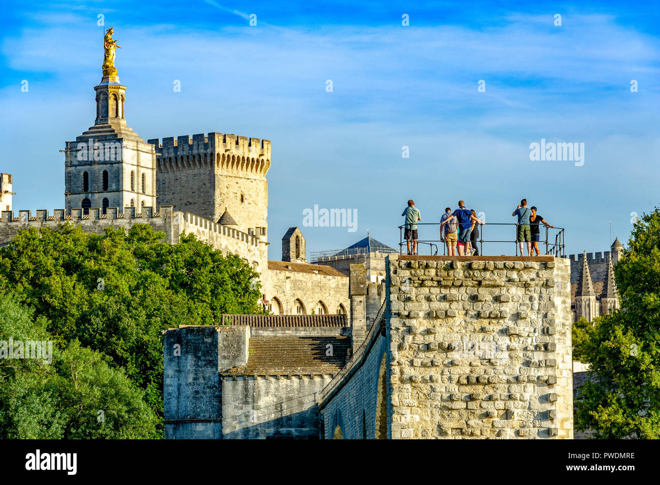 France. Vaucluse (84). Avignon. Pont Saint-Bénézet, commonly called Pont d'Avignon, built from 1177 to 1185 on the Rhone. - Stock Image