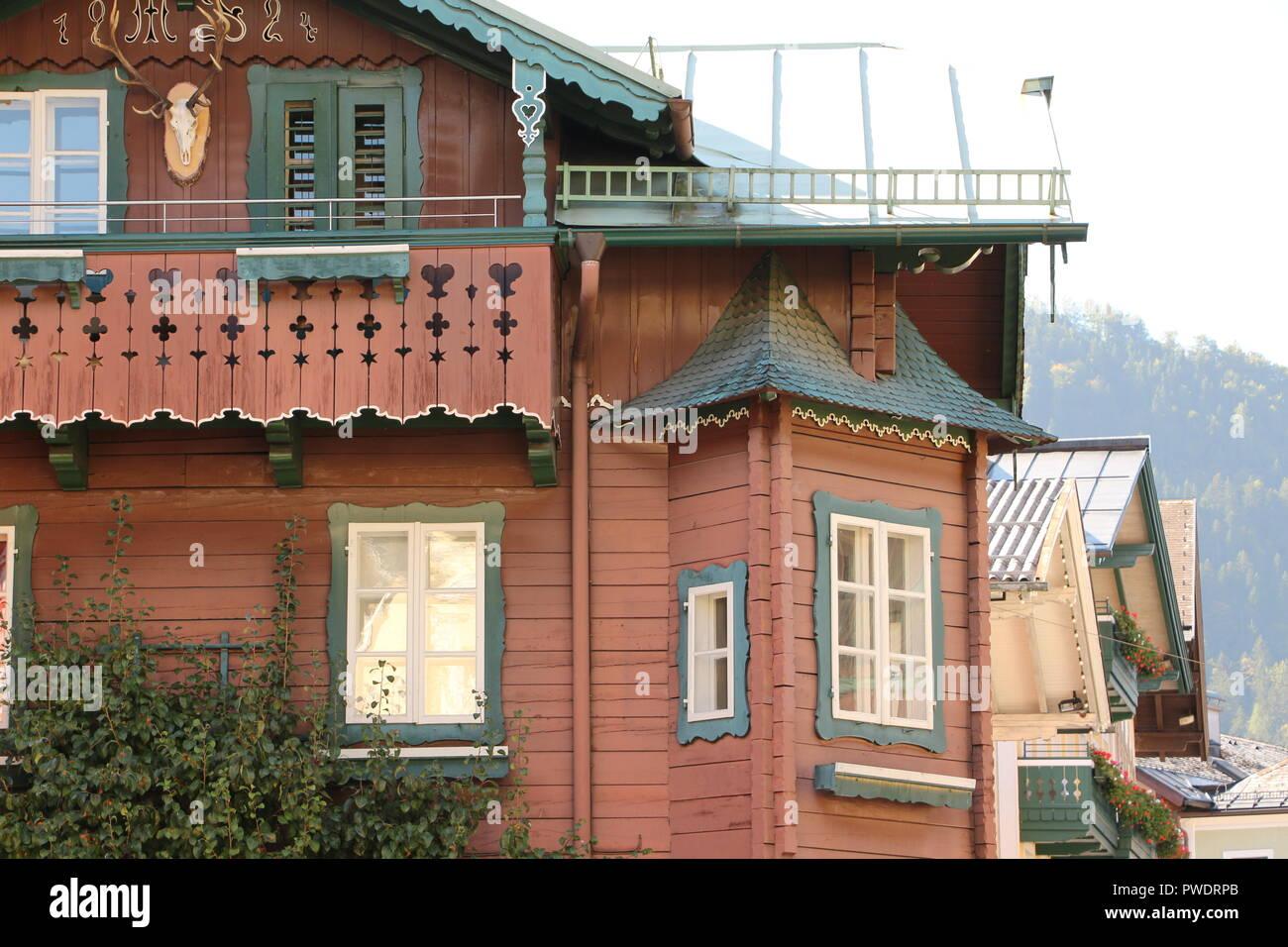 Historisches Gebäude im Zentrum von St. Gilgen am Wolfgangsee - Stock Image