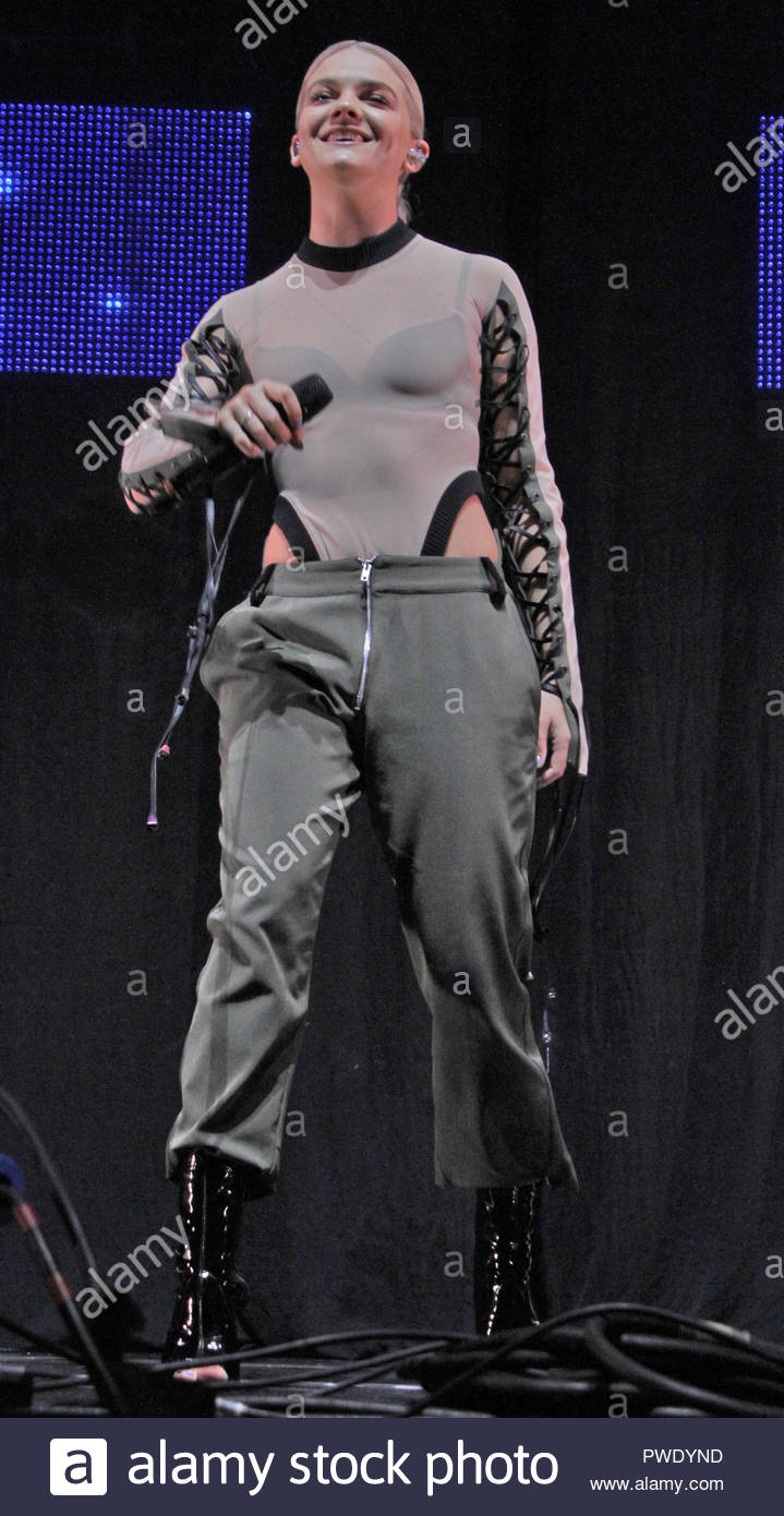 Louisa Johnson at Key 103 Live at the Manchester Arena on Friday 09 December 2016 Stock Photo