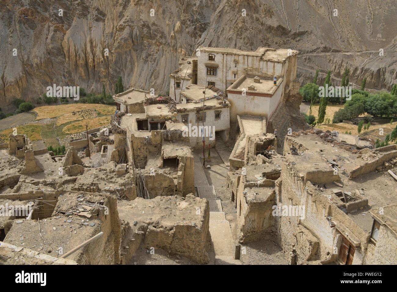 Old mud-brick houses in Lamayuru, Ladakh, India - Stock Image