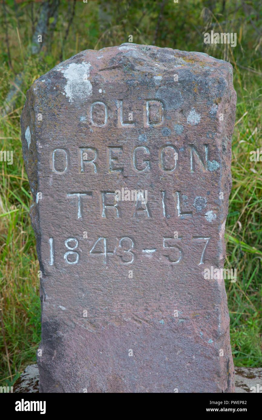 Trail monument, Emigrant Springs State Park, Oregon Trail National Historic Trail, Oregon - Stock Image