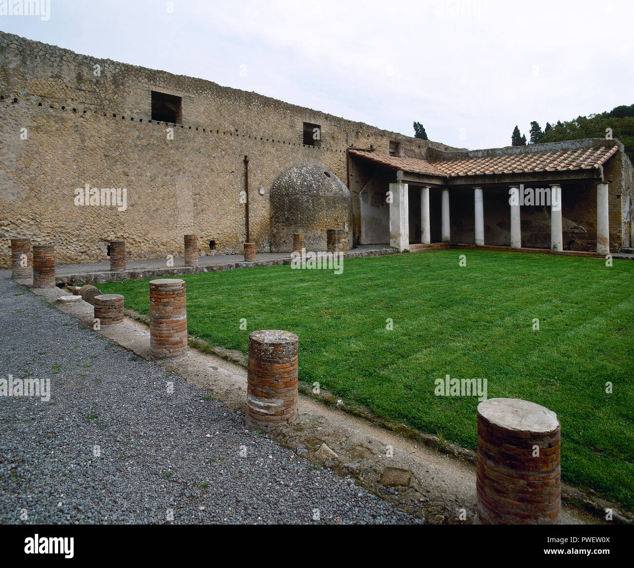 Italy. Herculaneum. Ancient Roman city destroyed by the eruption of the Vesuvius at 79 AD. Urban Baths. 1st century BC. Exterior. La Campania. - Stock Image