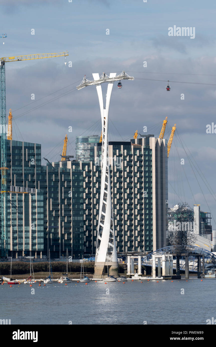 Emirates Air Line Cable Car at Greenwich Docklands, London, England. Opened June 28th 2012 and operated by Transport For London. - Stock Image
