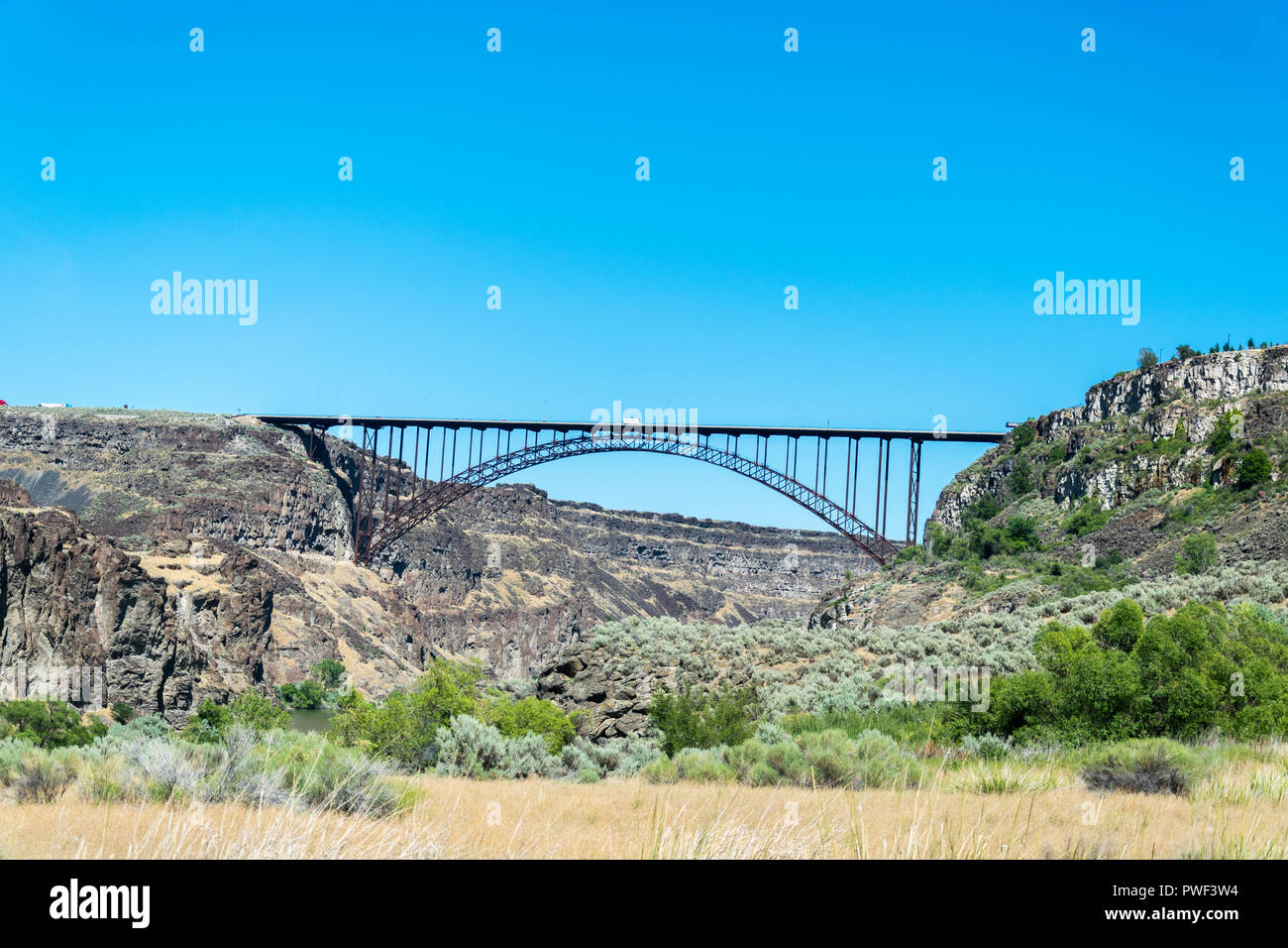Truck driving over the Perrine bridge in Twin Falls, Idaho, United States of America - Stock Image