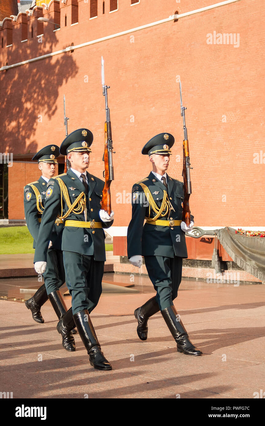 DRAPKIN DRAPKIN-SOLDIERS /& THEIR UNIFORMS RUSSIA 17TH INFANTRY -#22