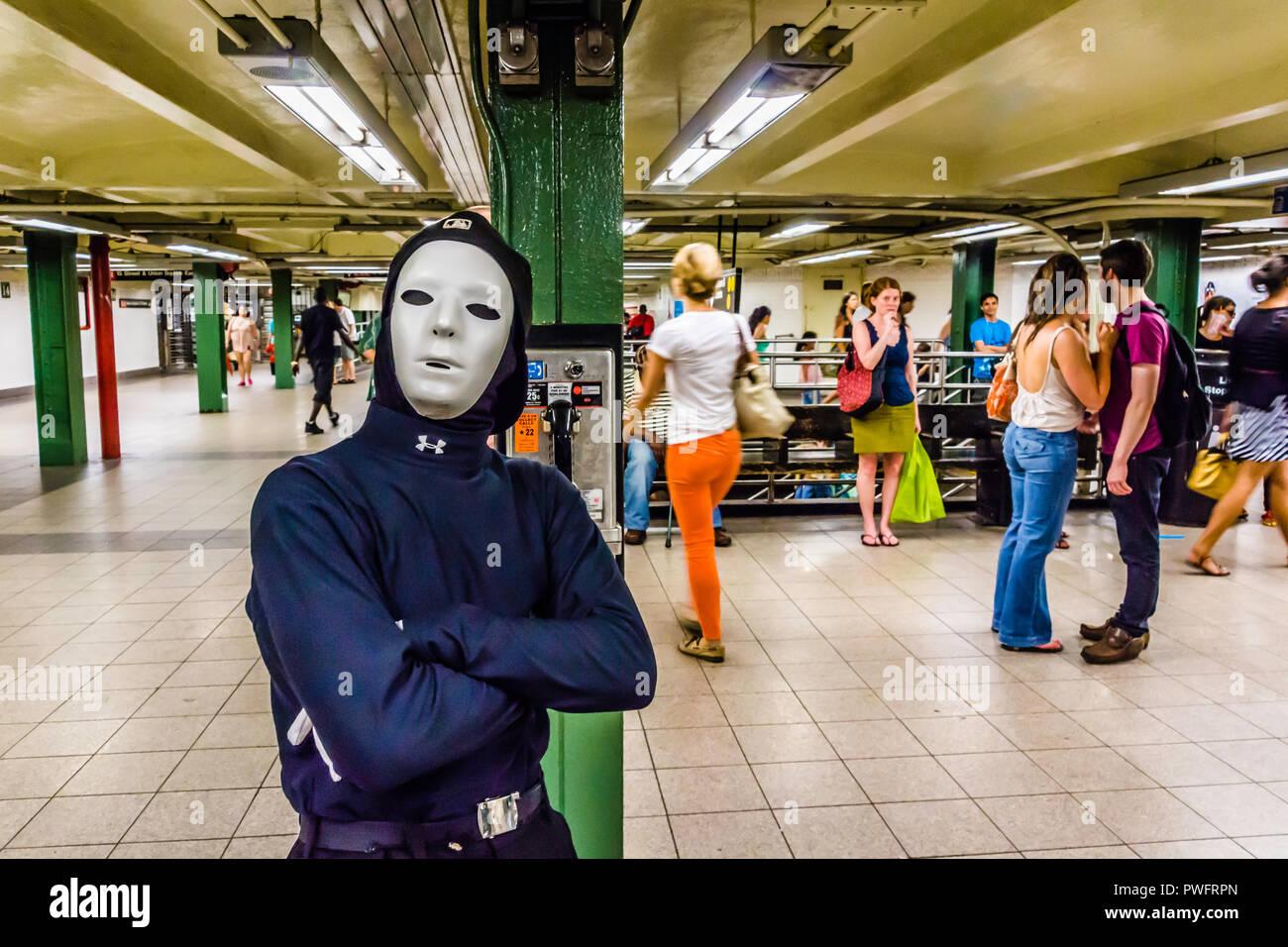 Mime 14th Street – Union Square Subway Station Manhattan _ New York, New York, USA - Stock Image