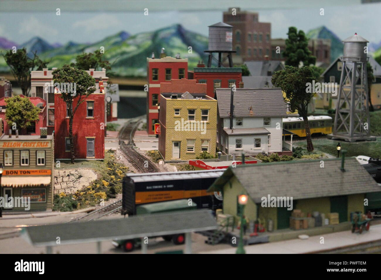 Really fantastic model railroading design in the Clarendon Garfield field house in Chicago, Illinois. - Stock Image