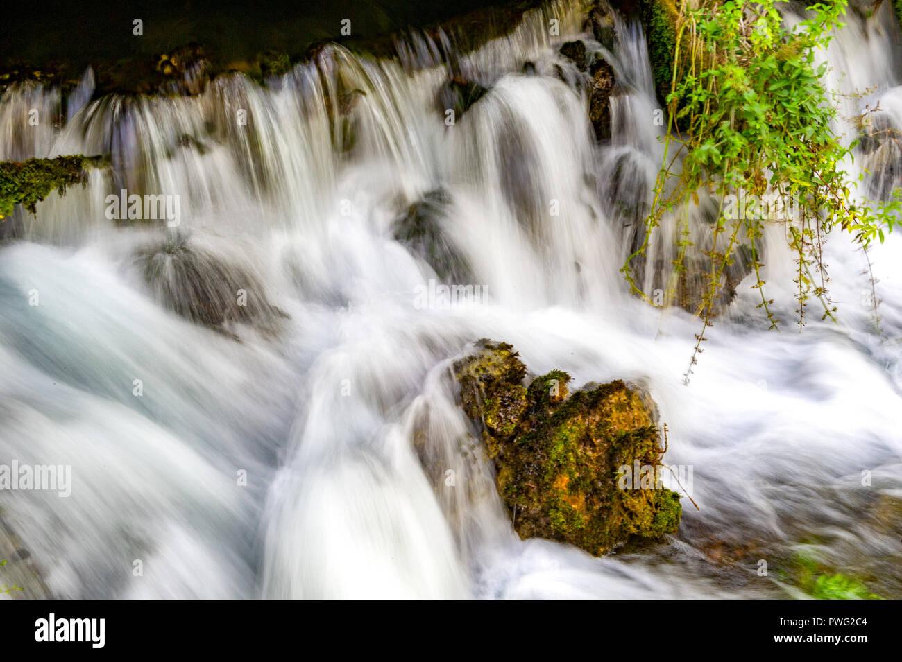 France. Vaucluse (84). Fontaine de Vaucluse. Source of the Sorgue. Exsurgence largest metropolitan France - Stock Image