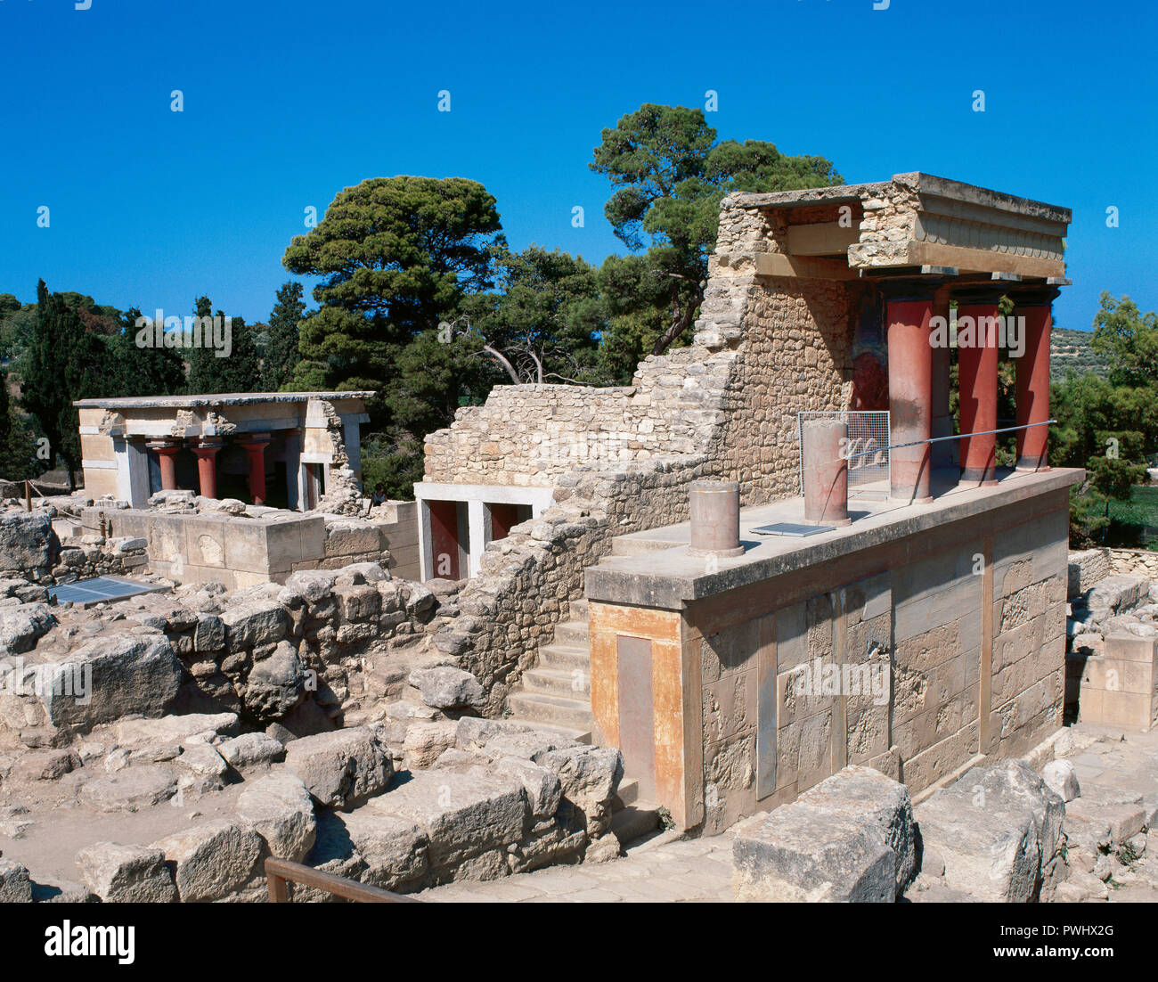 Palace Of Knossos 1700 1450 Bc North Entrance Foreground And
