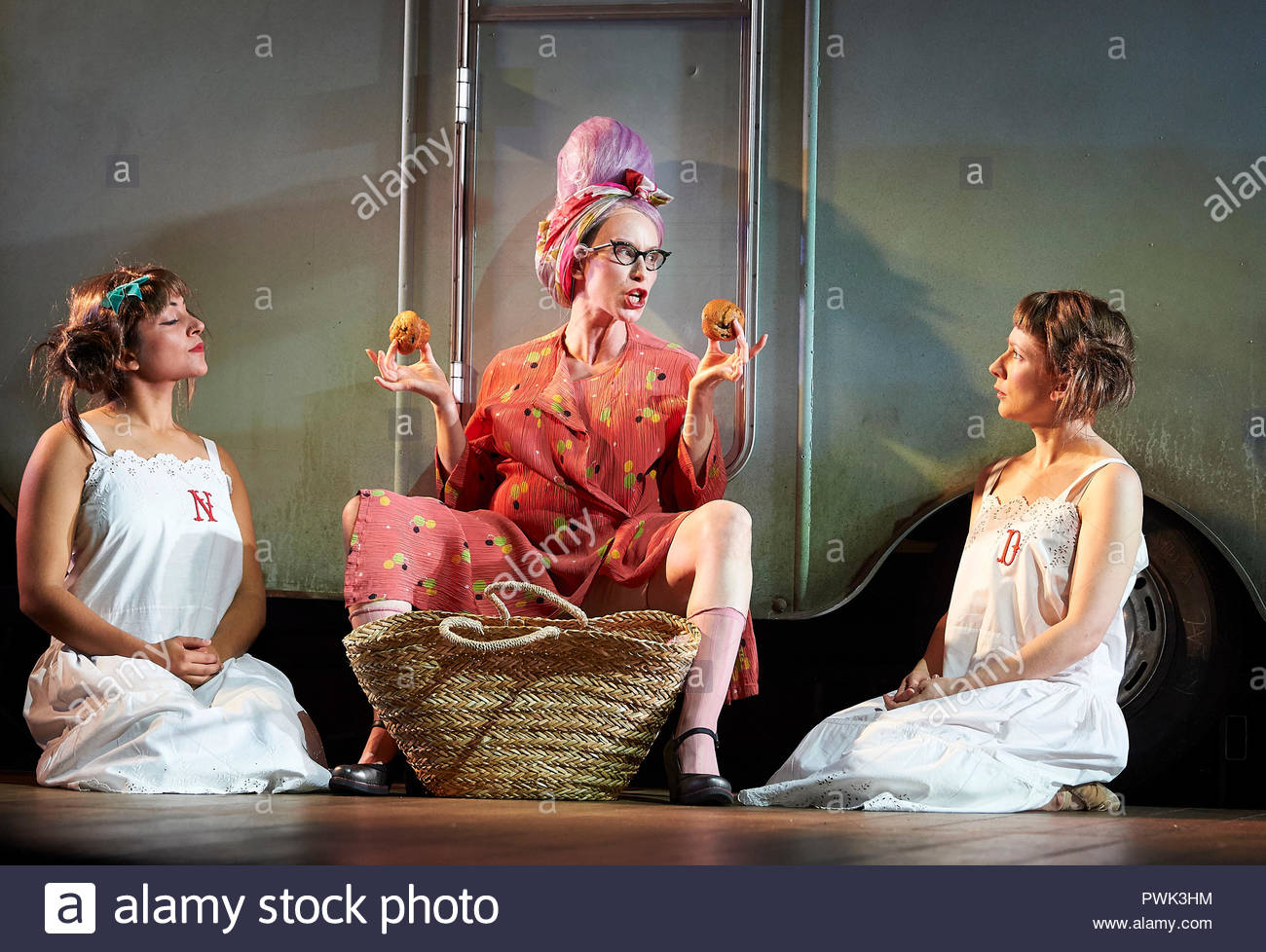 London, UK. 15th October, 2018. Wise Children by Angela Carter, adapted and directed by Emma Rice. With Mirabelle Gremaud as Young Nora, Katy Owen as Grandma Chance, Bettys Jones as Young Dora. Opens at The Old Vic Theatre on 19/10/18. CREDIT Geraint Lewis EDITORIAL USE ONLY Credit: Geraint Lewis/Alamy Live News - Stock Image