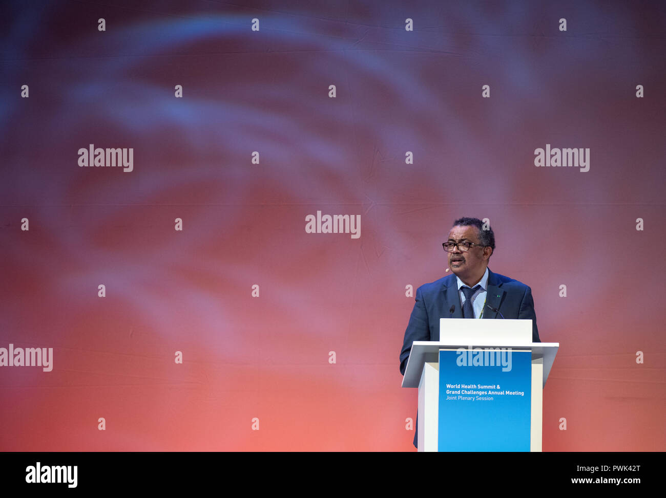 Berlin, Germany. 16 October 2018, Berlin: 16 October 2018, Germany, Berlin:Tedros Adhanom Ghebreyesus, Director General of the World Health Organization (WHO), will speak at the closing event of the World Health Summit 2018. 2,000 participants and 300 speakers from 100 countries discussed pressing issues of global health care and the prevention of preventable diseases at the three-day event. Photo: Bernd von Jutrczenka/dpa Credit: dpa picture alliance/Alamy Live News - Stock Image