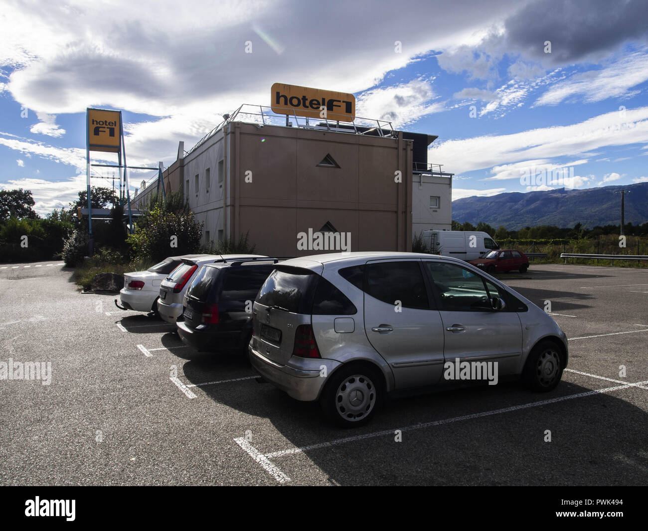 September 22, 2018 - Ferney-Voltaire, France - Hotel F1. Hotel Formule 1, or hotelF1 in France, is an international chain of ''super low budget'' or ''no frills'' hotels owned by AccorHotels. Credit: Igor Golovniov/SOPA Images/ZUMA Wire/Alamy Live News - Stock Image