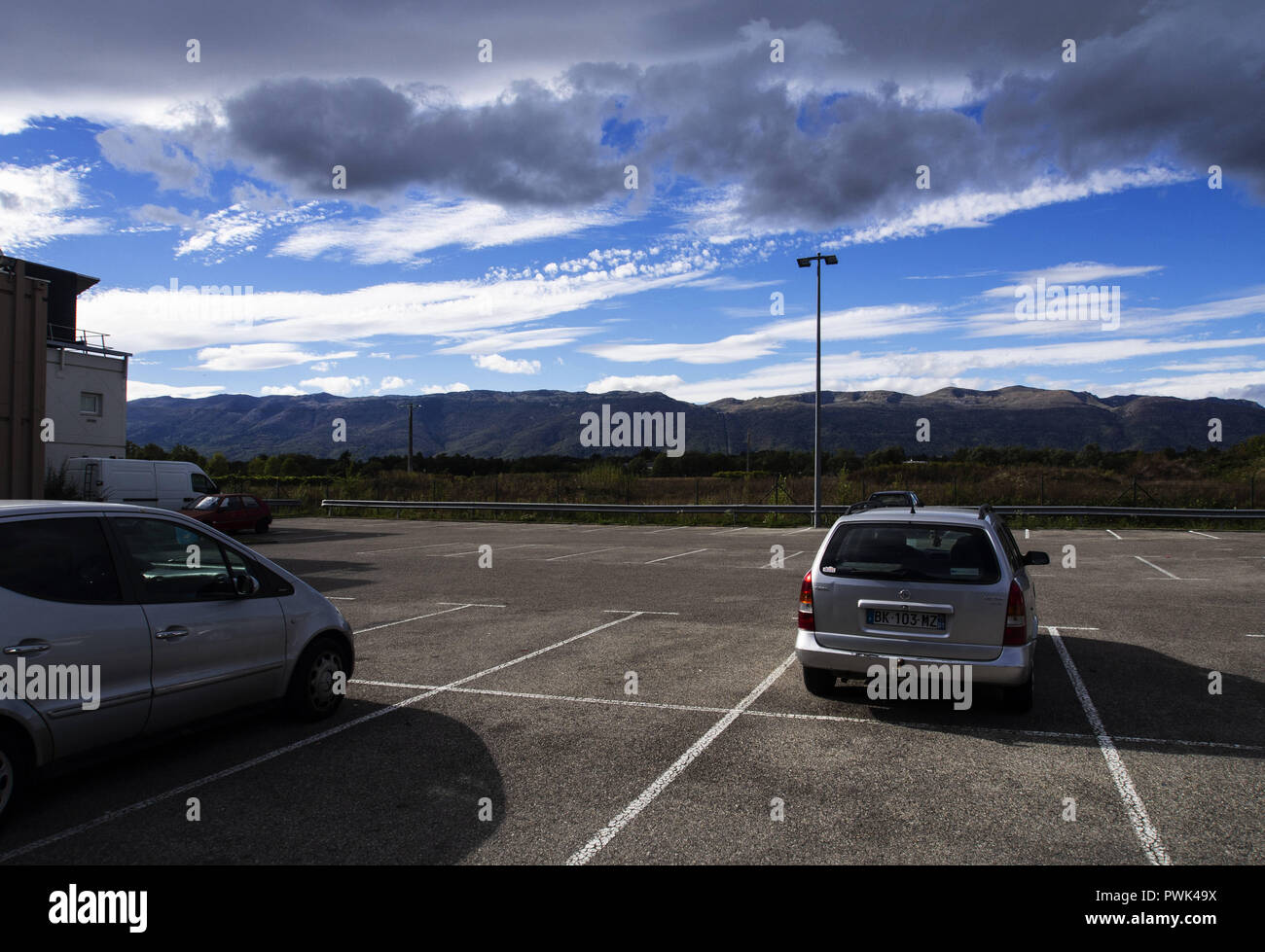 September 22, 2018 - Ferney-Voltaire, France - Parking ground seen next the Hotel F1. Hotel Formule 1, or hotelF1 in France, is an international chain of ''super low budget'' or ''no frills'' hotels owned by AccorHotels. Credit: Igor Golovniov/SOPA Images/ZUMA Wire/Alamy Live News - Stock Image