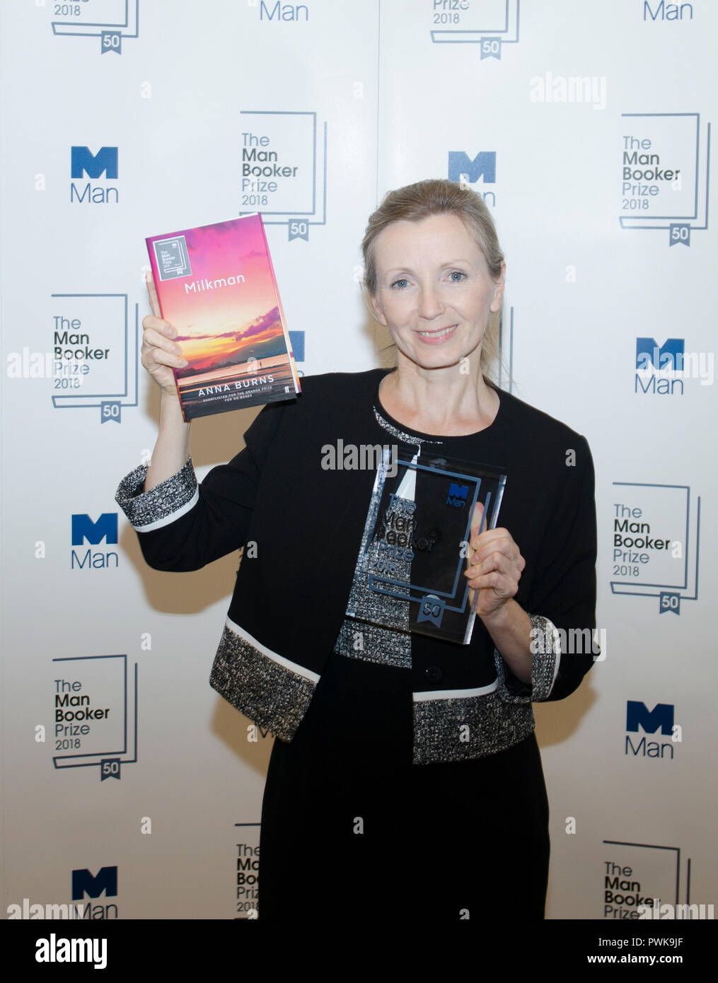 London, UK. 16th Oct 2018. Anna Burns winner of the Man Booker for fiction Prize 2018 for the novel Milkman at the photo call after winning the prize at the Guildhall London UK 16th October 2018. Burns is the first winner of the prize from Northern Ireland. The book is set in Belfast in the Troubles. Credit: Prixpics/Alamy Live News Stock Photo
