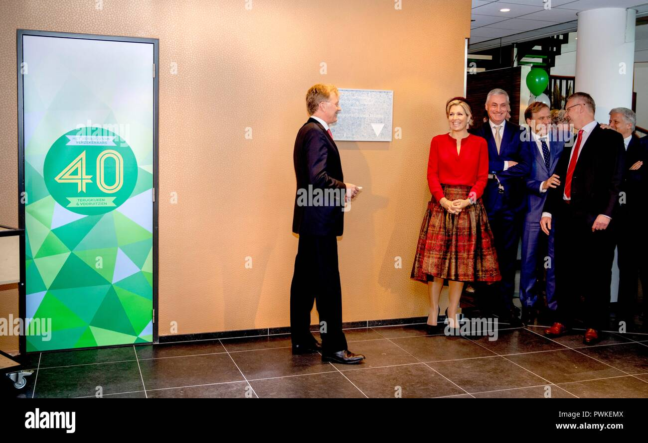 The Hague, Netherlands. 17th Oct, 2018. Queen Maxima of The Netherlands at the office of the Verbond van Verzekeraars, on October 17, 2018, to attend the jubilee celebration 40th anniversary and reopening of the Dutch Association of Insurers Credit: Albert Nieboer/ Netherlands OUT/Point de Vue OUT |/dpa/Alamy Live News Stock Photo