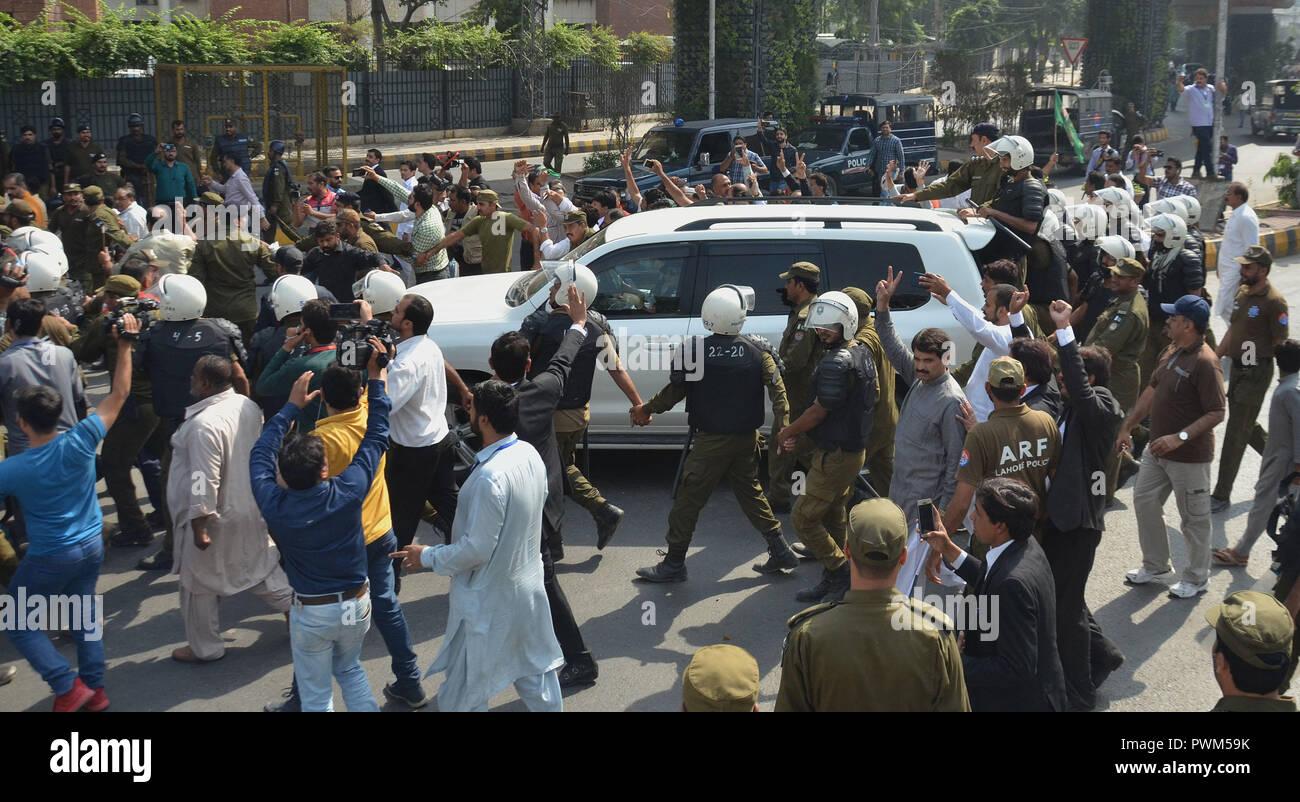 pakistani escort sheffield