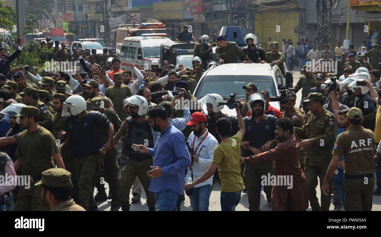 Hussa city escort