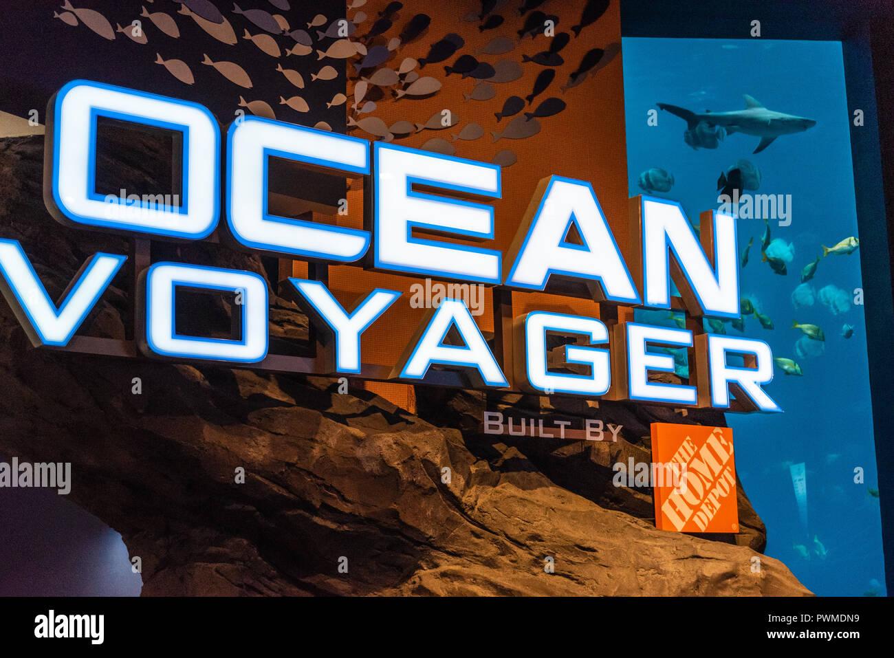 The Georgia Aquarium's Ocean Voyager exhibit, built by The Home Depot, is the largest indoor aquatic habitat in the world. (Atlanta, GA, USA) - Stock Image