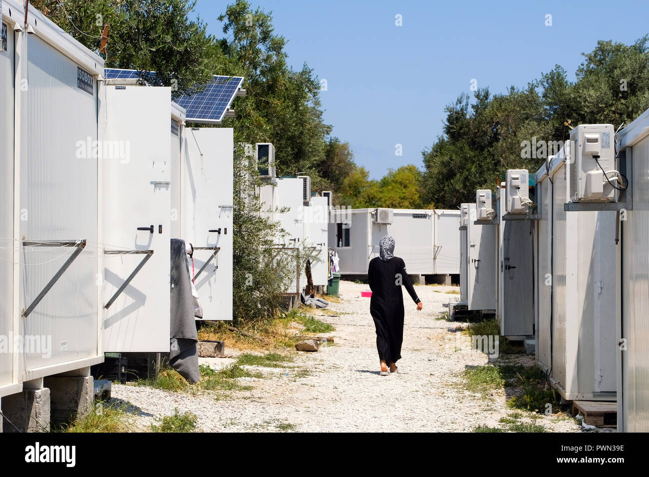 Residential container at the KARA TEPE Hospitality Center for Refugees and Migrants, local refugee camp near the island's capital, Mytilini, Lesvos Island, Greece, May 2018 - Wohncontainer im KARA TEPE Hospitality Center for Refugees and Migrants, lokales Flüchtlingscamp nahe der Inselhauptstadt Mytilini, Insel Lesbos, Griechenland, Mai 2018 - Stock Image