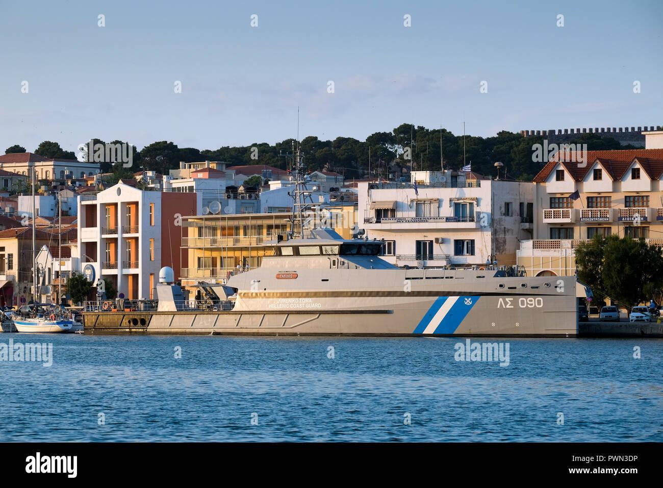 Greek coast guard boat in the port of the island capital Mytilini, Lesbos Island, Greece, May 2018 - Schiff der griechischen Küstenwache im Hafen der Inselhauptstadt Mytilini, Insel Lesbos, Griechenland, Mai 2018 - Stock Image