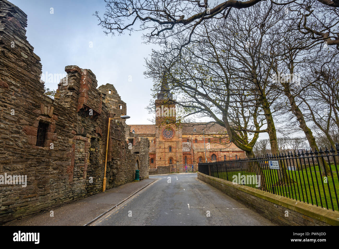 Bishop's and Earl's Palaces and Norman St Magnus Cathedral, Kirkwall, Orkney Islands, Scotland, United Kingdom - Stock Image