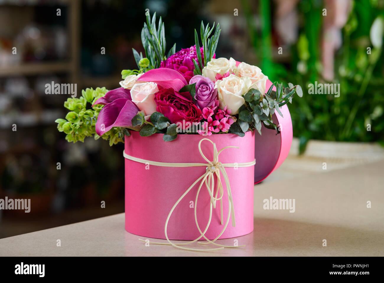Flower delivery box stock photos flower delivery box stock images pink box with flower bouquet stock image izmirmasajfo
