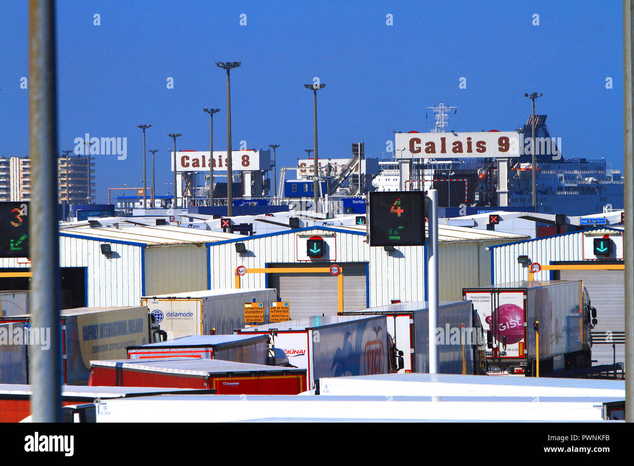 France, Calais, trucks inspection - Stock Image