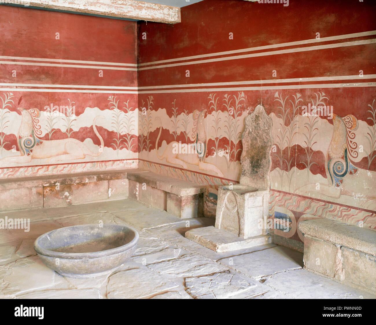 Greece, Crete. Palace of Knossos (1700-1450 BC). Throne Room, 15th century BC. - Stock Image