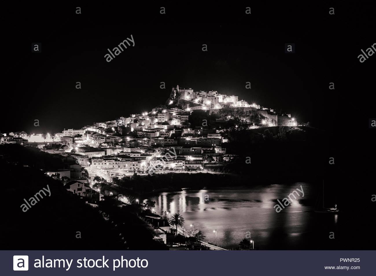Castelsardo bei Nacht, Sardinien, Italien - Stock Image