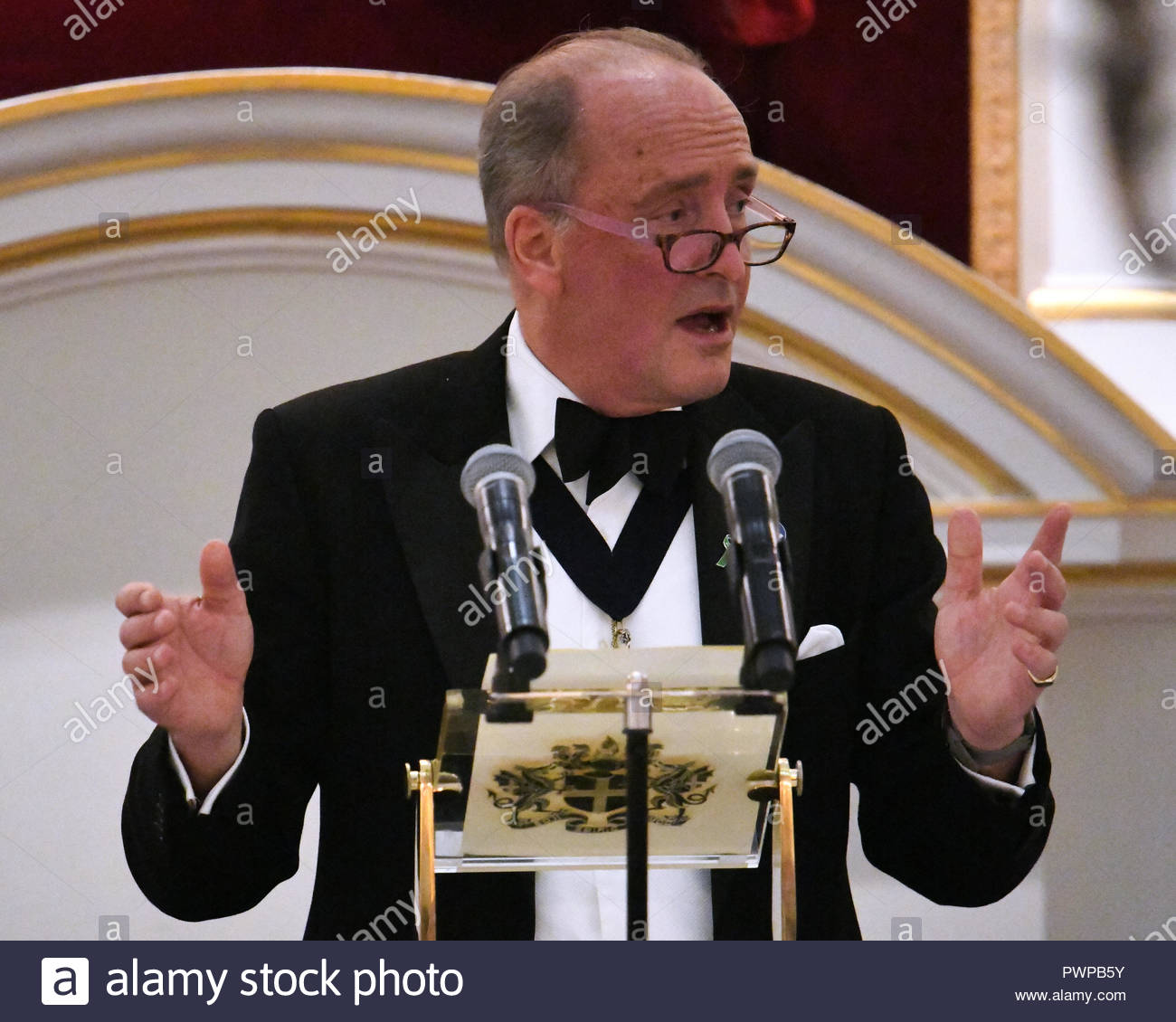 London, UK. 17 October, 2018. Charles Bowman, Lord Mayor of the City of London gives speech at the International Trade Banquet, The Mansion House, Walbrook, London. Credit: Bart Lenoir/Alamy Live News - Stock Image