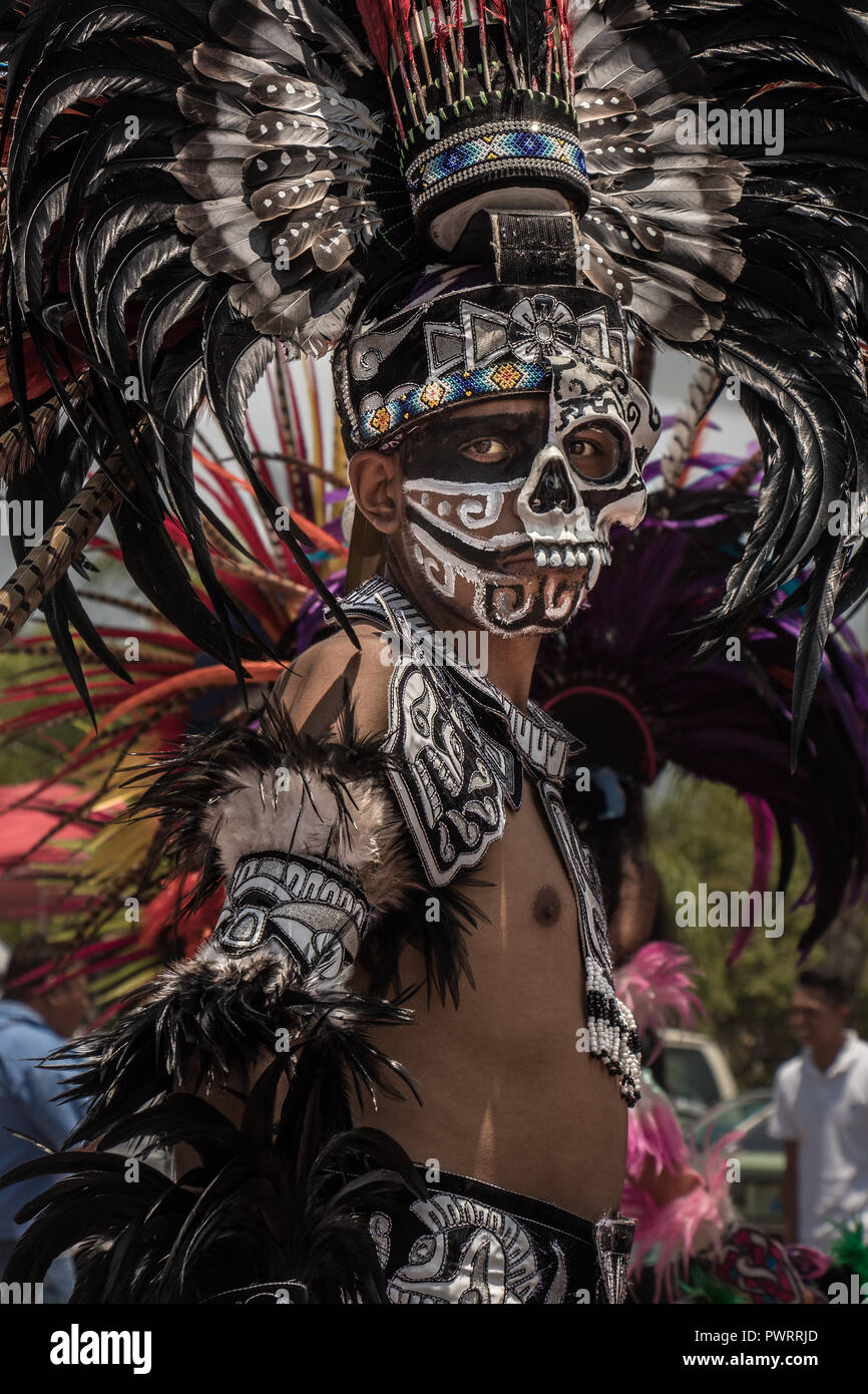 Aztec Warrior High Resolution Stock Photography And Images Alamy