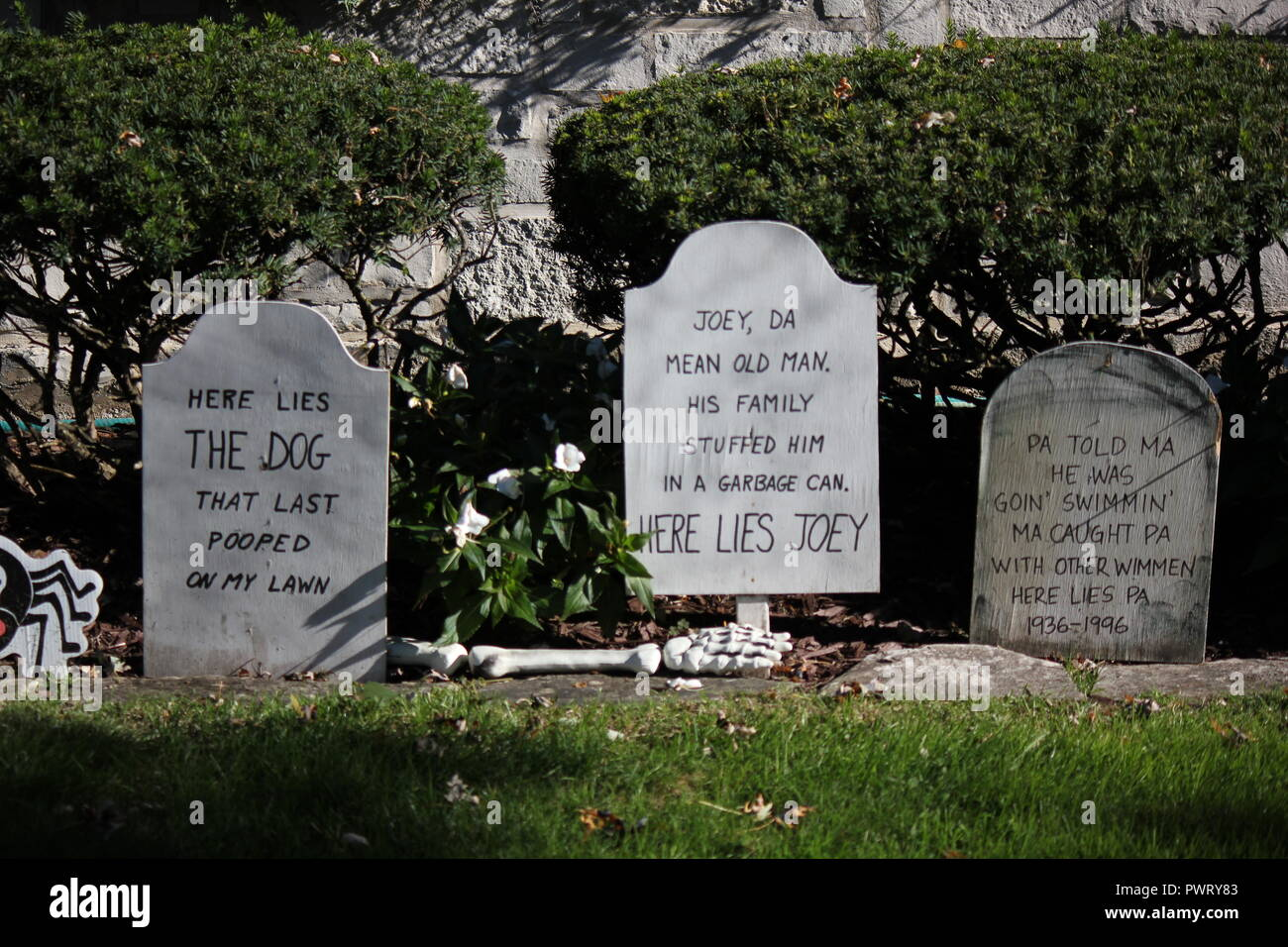 funny epitaph stock photos & funny epitaph stock images - alamy