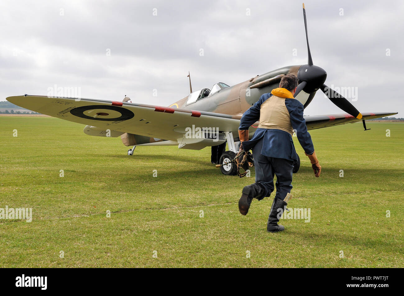 World War Two Raf Spitfire Pilot Stock Photos & World War ...