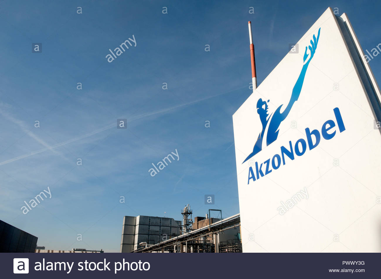 Arnhem Gelderland The Netherlands Akzo Nobel factory Industriepark Kleefse Waard (IPKW) Stock Photo