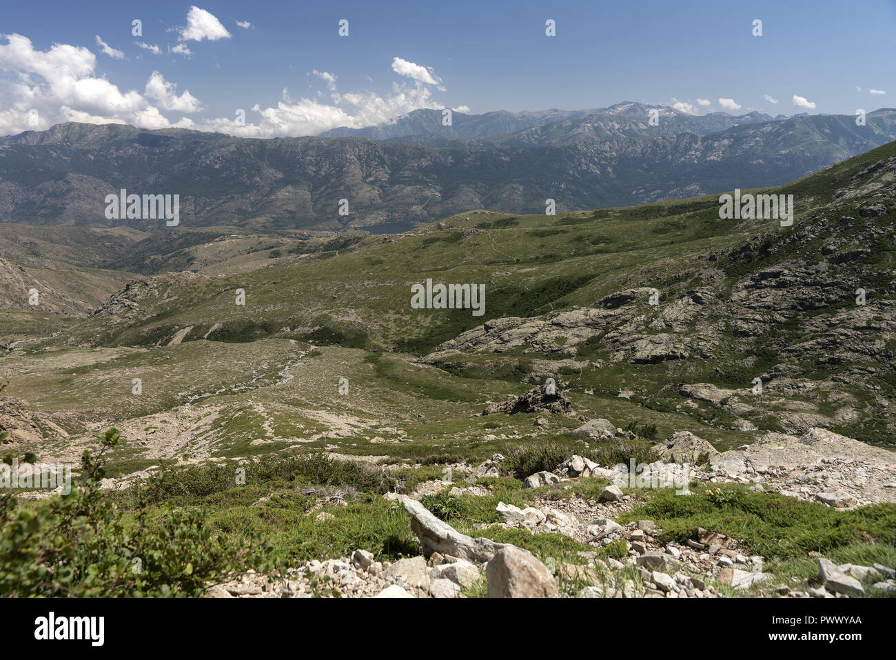 Massif Monte Cinto, the highest mountain in Corsica (2706 m). Masyw Monte Cinto, najwyższa góra na Korsyce (2706 m). - Stock Image