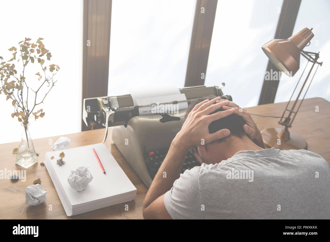 Image that portrays a writer who finds no inspiration to write Stock Photo  - Alamy