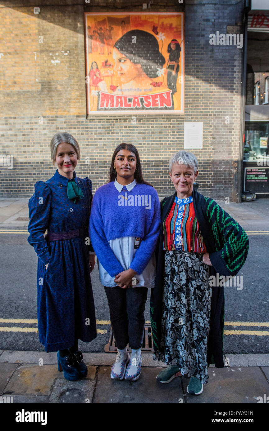 London, UK. 18th October, 2018. Jasmine Sehra, the artist, and her work, which features human rights activist Mala Sen - with Tate Director Maria Balshaw and Justine Simons, Deputy Mayor for Culture and Creative Industries to unveil public artworks marking the centenary of women's suffrage. The project includes 20 newly-commissioned artworks to celebrate London women is in public spaces across the city, through a partnership with the Mayor of London and the London Tate Collective team.  the artist . Credit: Guy Bell/Alamy Live News Stock Photo