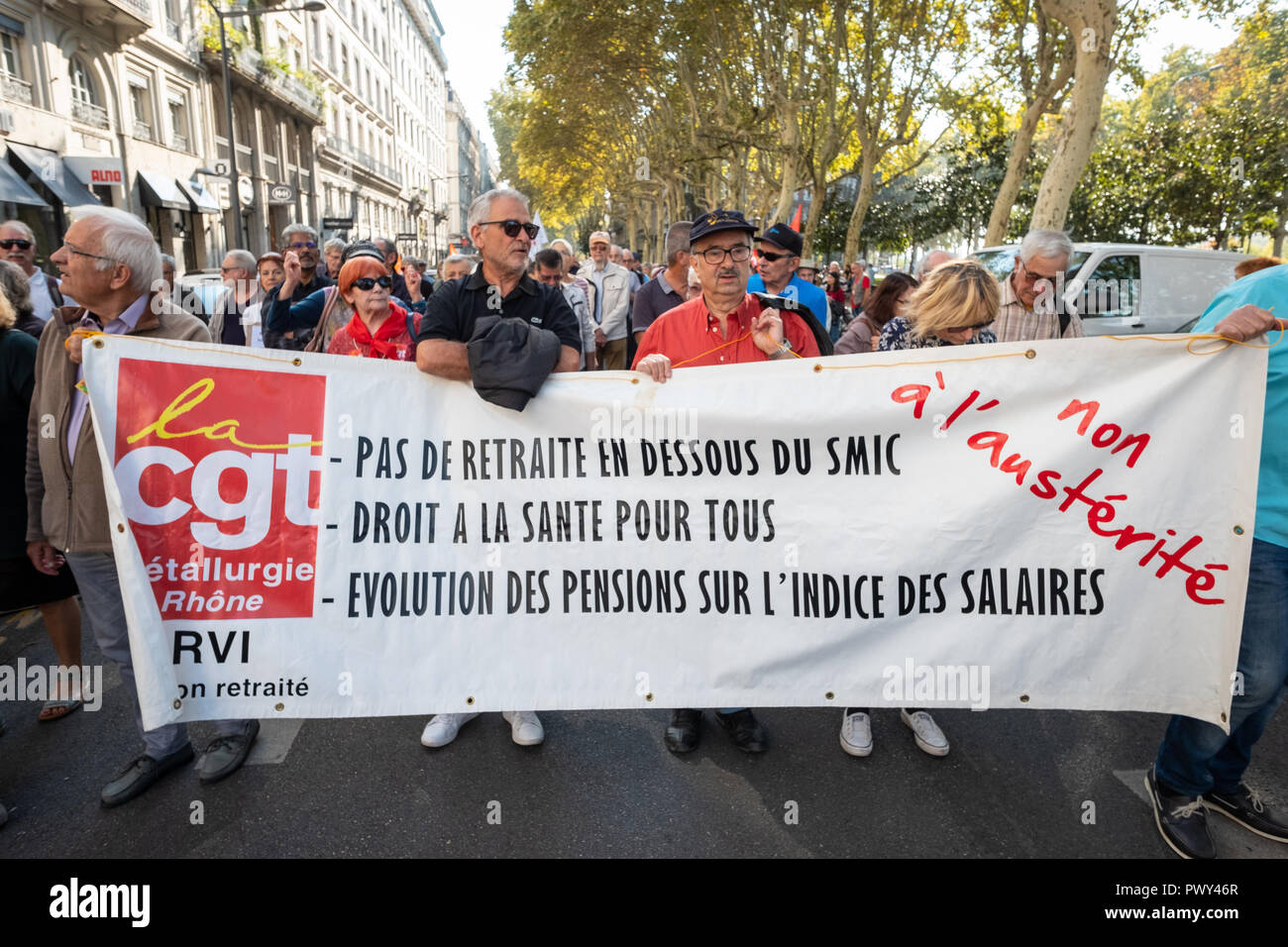Lyon, France, 18th Oct Pensioners protest again the French government's plans to reform the pension and welfare system.  protesters with a banner Credit: FRANCK CHAPOLARD/Alamy Live News - Stock Image