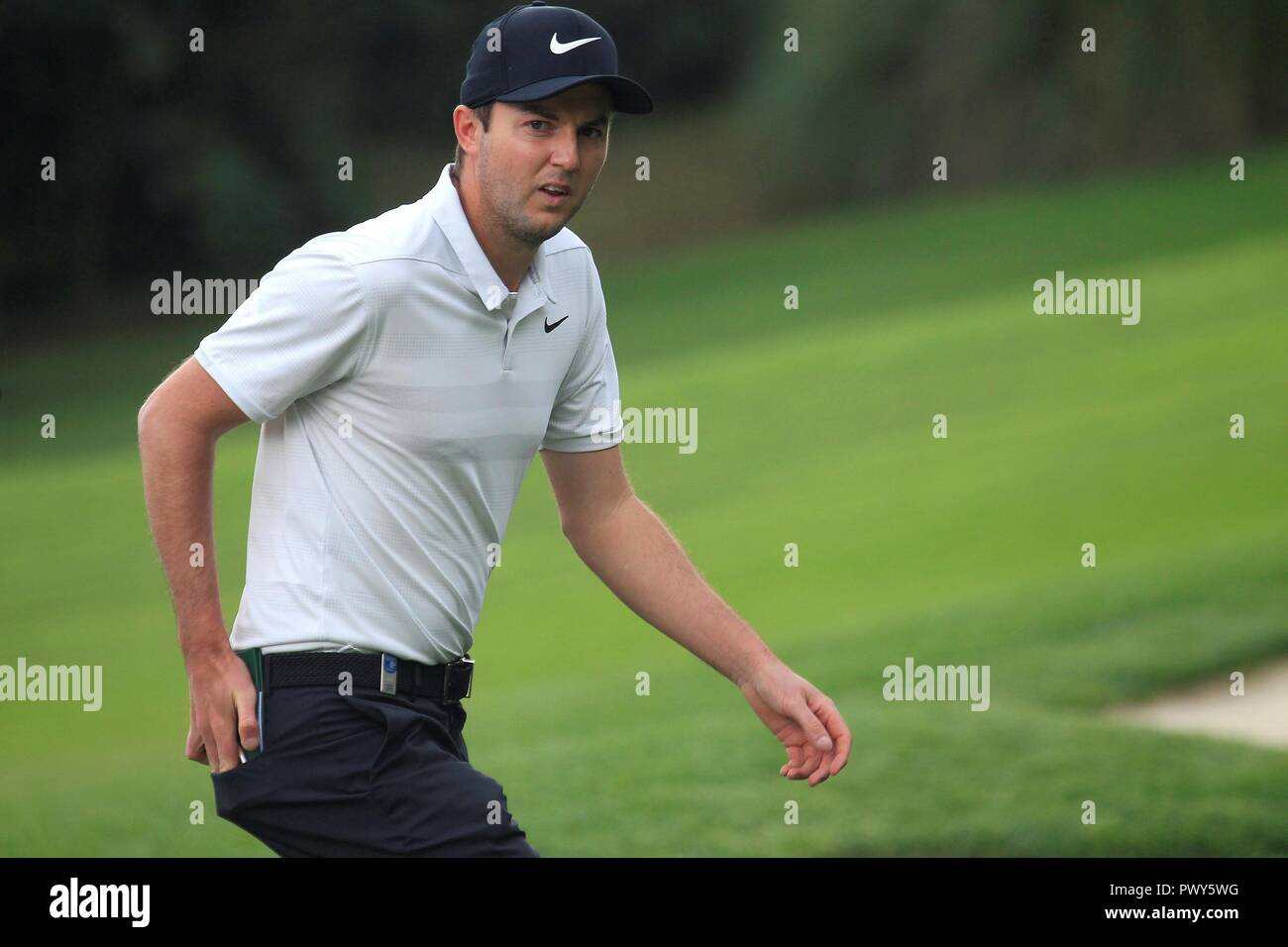 British Ashley Chesters in action during the first round of the Golf 2018 Andalusia Valderrama Master, at the Royal Club Valderrama, in San Roque, Andalusia, Spain, 18 October 2018. EFE/A.Carrasco Ragel - Stock Image