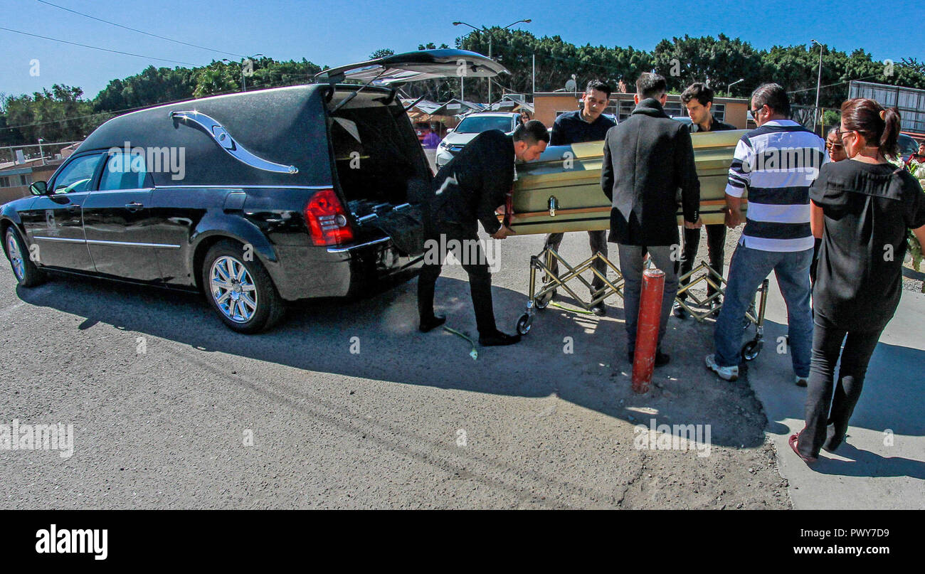 Relatives of women's soccer promoter Marbella Ibarra attend her funeral, in Tijuana, Mexico, 18 October 2018. Ibarra's body was found with signs of torture in the coastal city of Rosarito. EFE/Joebeth Terriquez - Stock Image