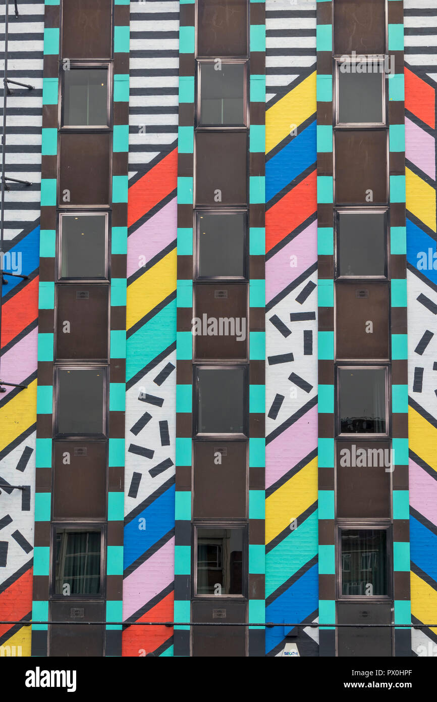 """Splice post-production company offices, with facade by Camille Walala, 'Dream Come True"""", Old Street, Shoreditch, London, England, UK - Stock Image"""